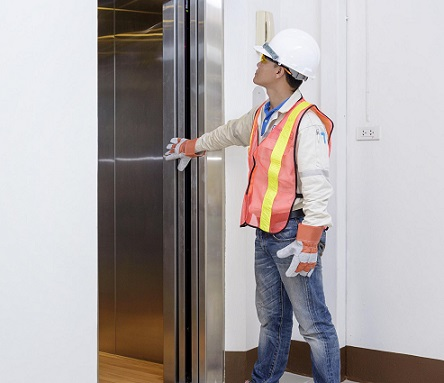 علت لرزش آسانسور